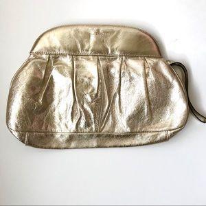 🌿Dimoni gold leather clutch🌿